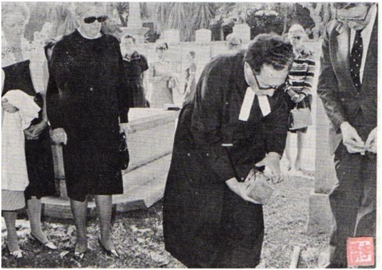 Sir Lindsay Ride cemitério protestante II
