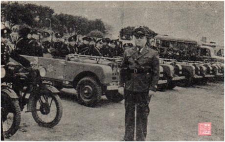 MOSAICO II-9 MAI1951 Demonstração Força Policial III