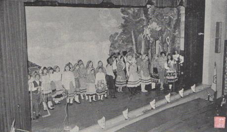 macau-b-i-t-viii-11-12-jan-fev-1973-escola-comercial-iii