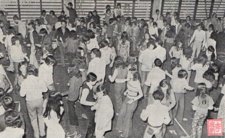 macau-b-i-t-ix-1-2-mar-abr-1973-carnaval-da-esola-comercial-i